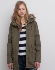 moda-adolescentes-otono-invierno-2015-2016-parka-verde-600x766