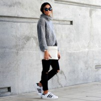 adidas-superstar-trend-outfit_black-ripped-jeans_En-Vogue-e1415222773894